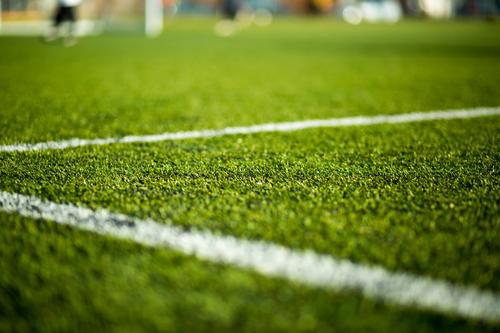 Футбольное поле с разметкой